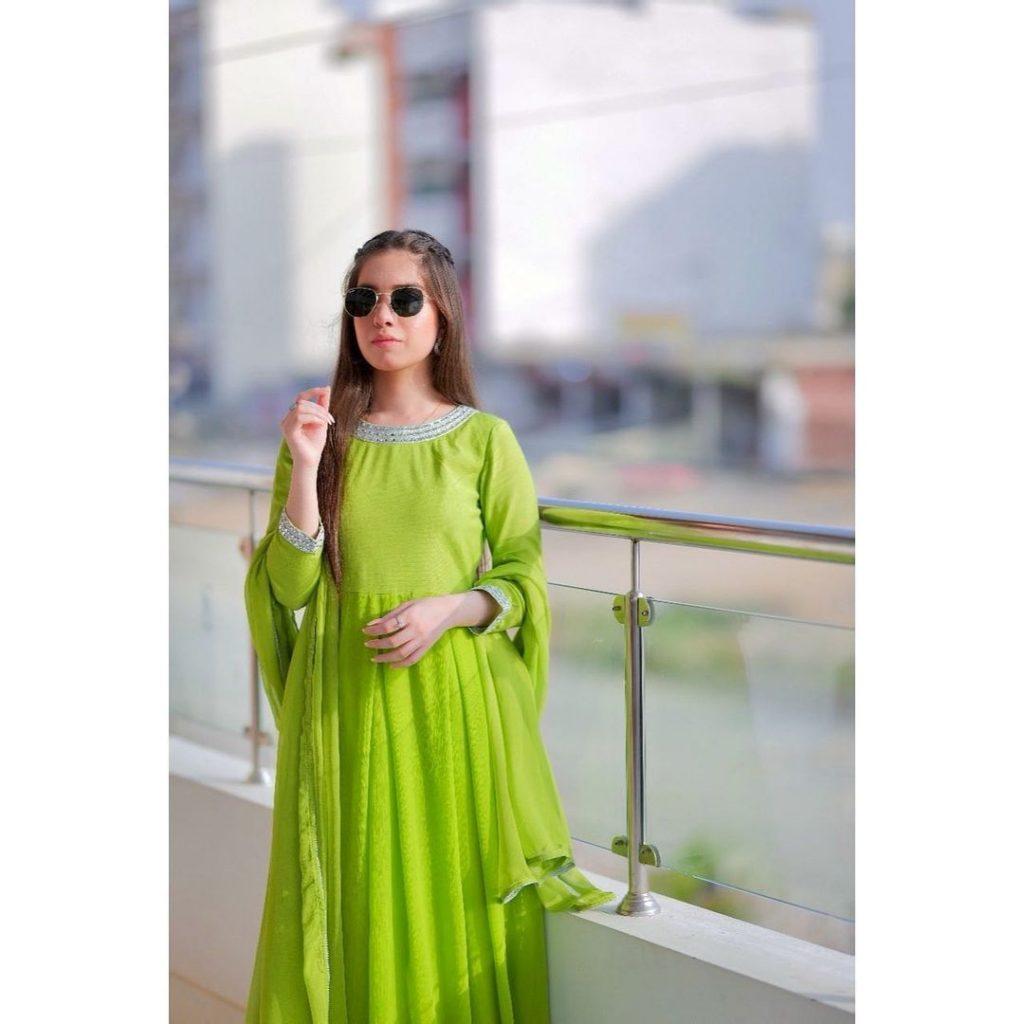Latest Beautiful Clicks Of Arisha Razi Khan