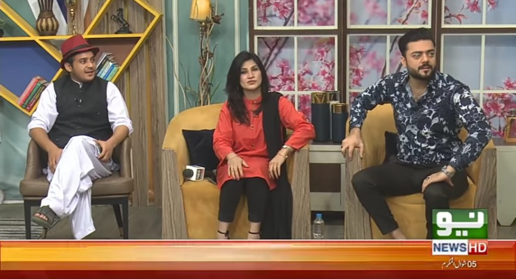 Mimicry Artist Syed Basit Ali Fight In Live Show