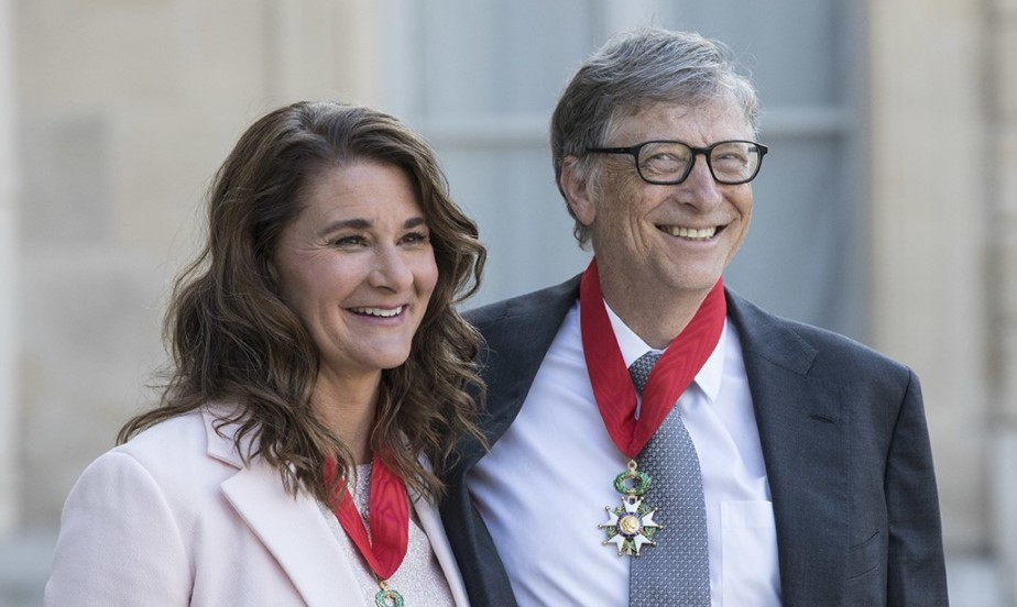 Pakistanis React To Bill Gates Divorce - Funny Memes And Tweets