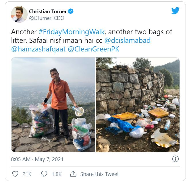 Wasim Akram Reacts To British Diplomat Cleaning Trash In Islamabad
