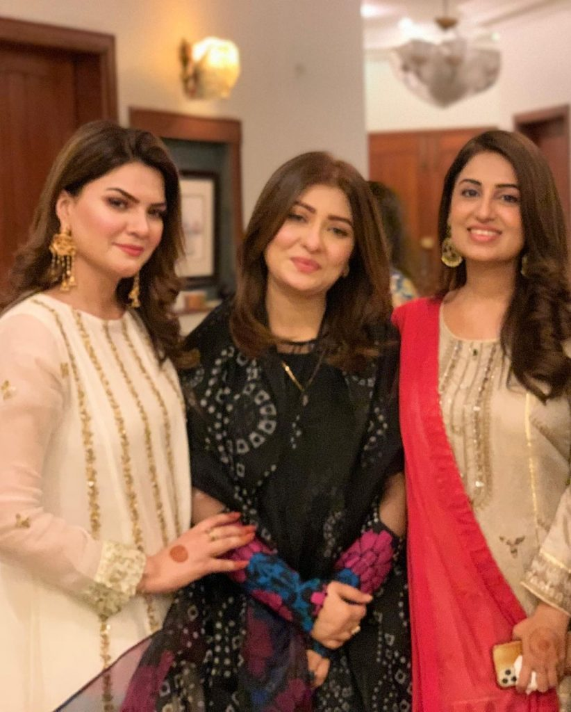 Farah Iqrar Beautiful Pictures From Her Friend's Dholak