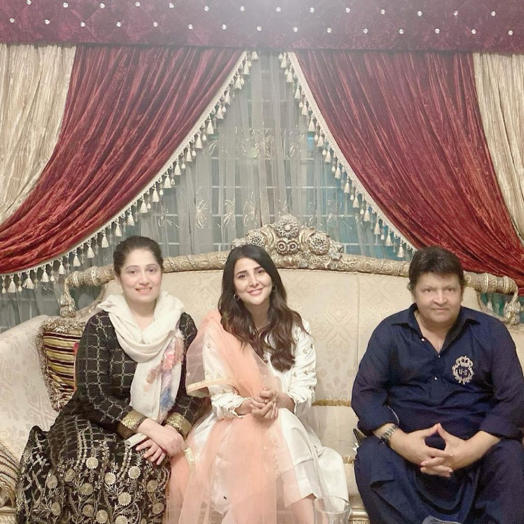 Areeba Habib Pictures From Aftaar Dinner Hosted by Umer Shareef