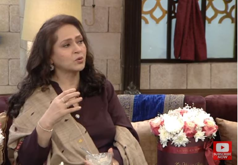 Here's What Ismat Zaidi Requested To Her Husband Before Divorce