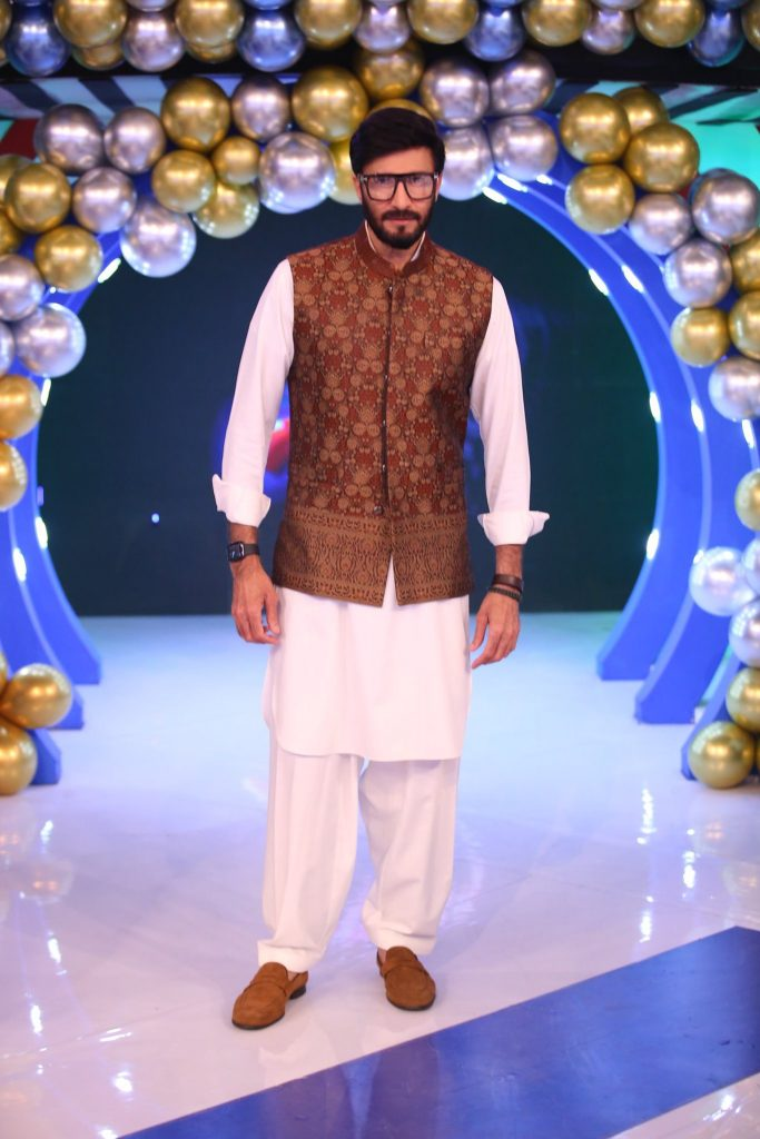 Pictures From Jeeto Pakistan Eid Special Show