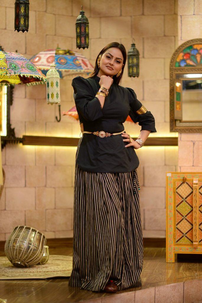 Public Criticism On Juvaria Abbasi's Recent Picture