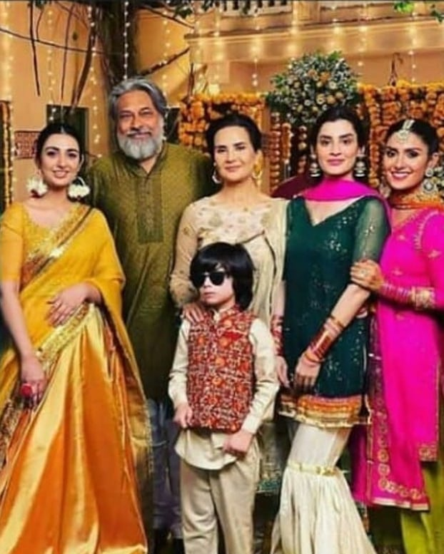 Drama Serial Laapata BTS Pictures - Details