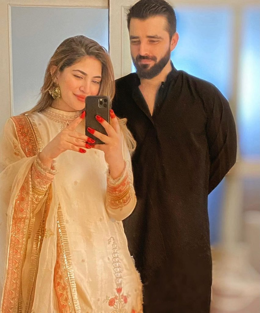 Hamza Ali Abbasi And Naimal Khawar Adorable Family Pictures From Eid 2021