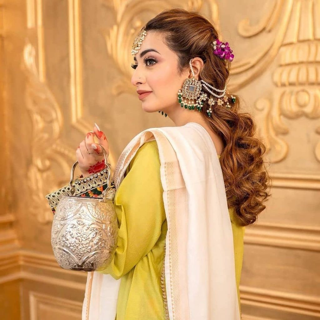 Zahra Ahmed's Eid Collection 2021 Featuring Nawal Saeed
