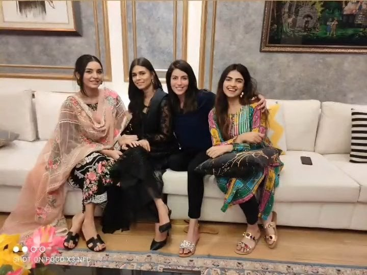 Sadia Faisal Celebrated Her Birthday With Family And Close Friends