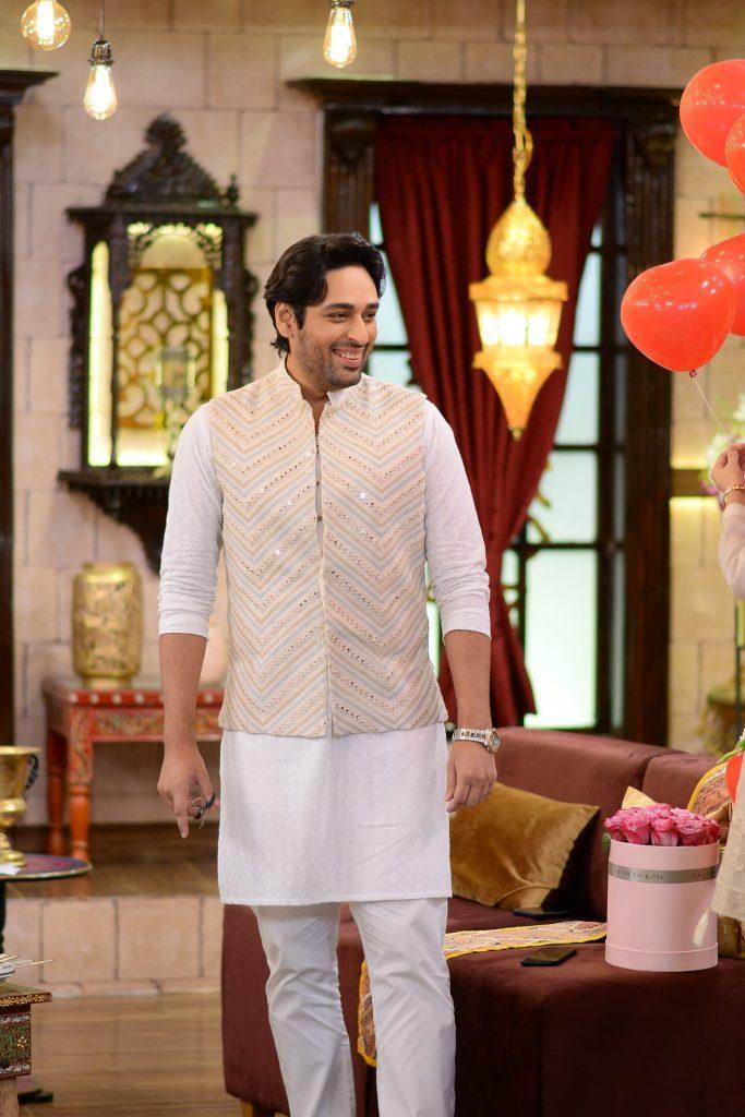 Salman Saeed With His Wife Aleena At The Set Of Shan-e-Suhoor
