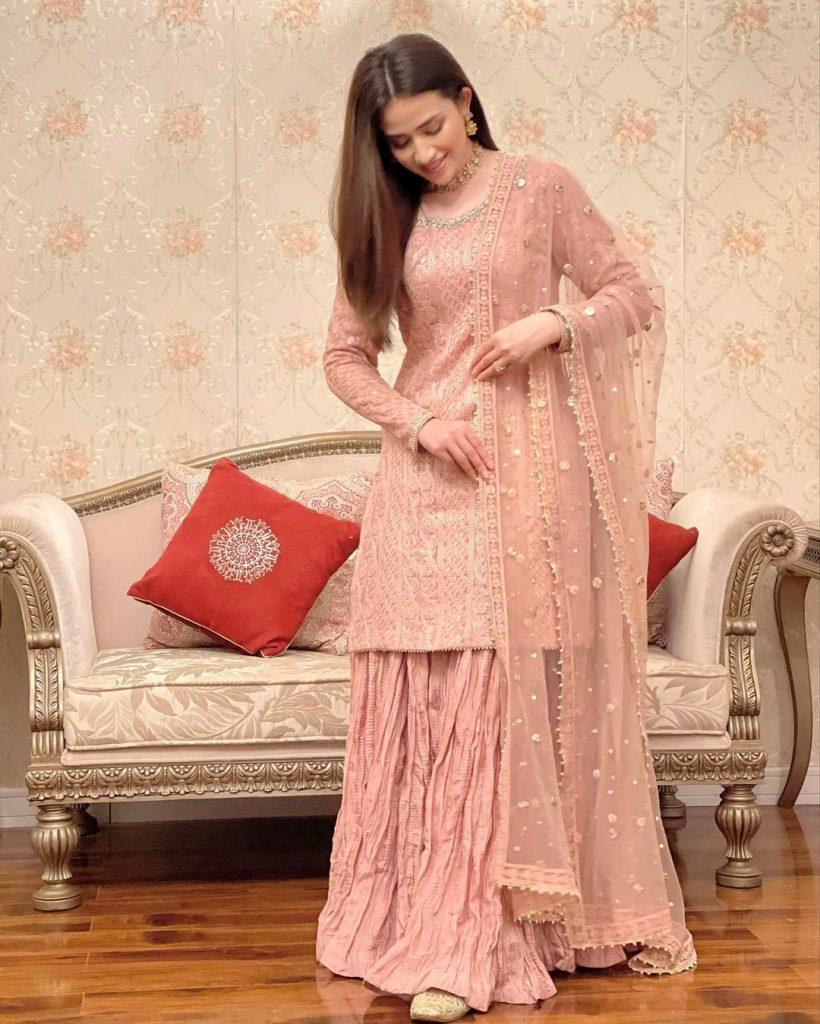 Sana Javed Looked Stunning At Dinner Hosted By A Friend