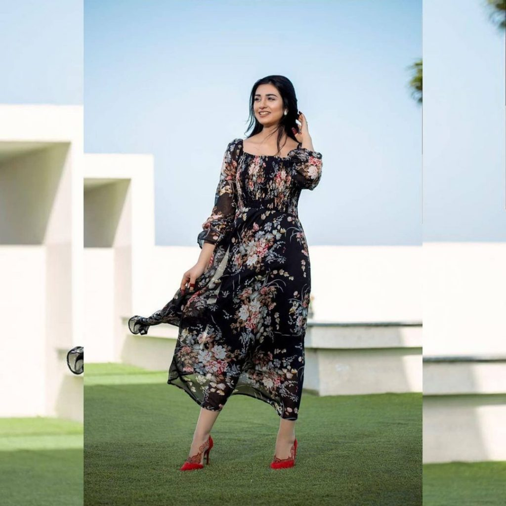 Sarah And Falak Look Super Adorable In Their Latest Photoshoot