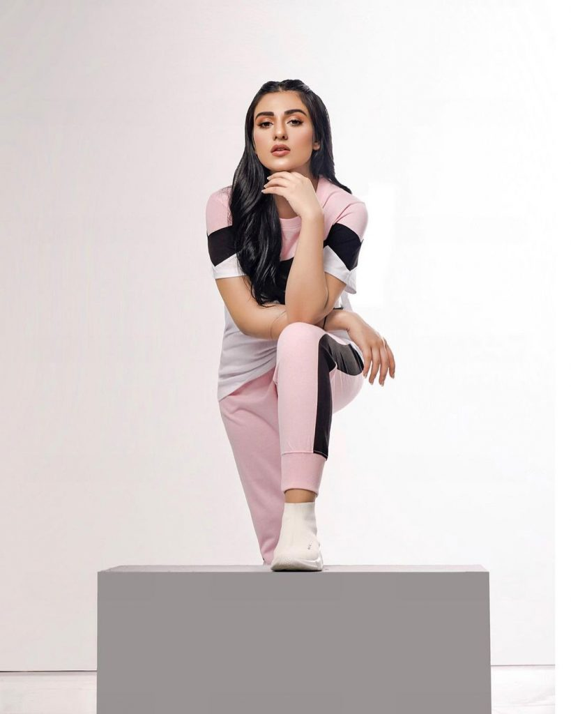 Sarah Khan Looks Super Chic In Shoot For Feathers Clothing