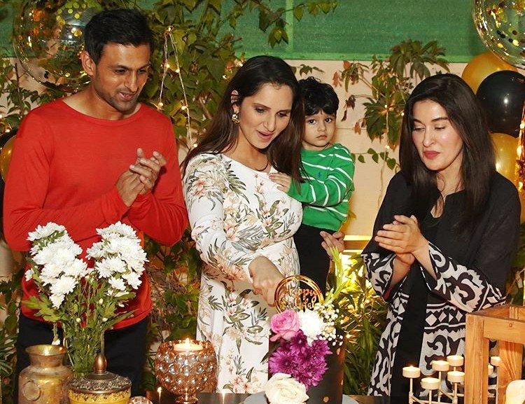 Why Shoaib Malik Wants To Cut Shaista Lodhi's Tongue