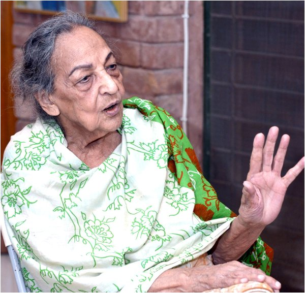 Veteran Actress Khursheed Shahid Passed Away