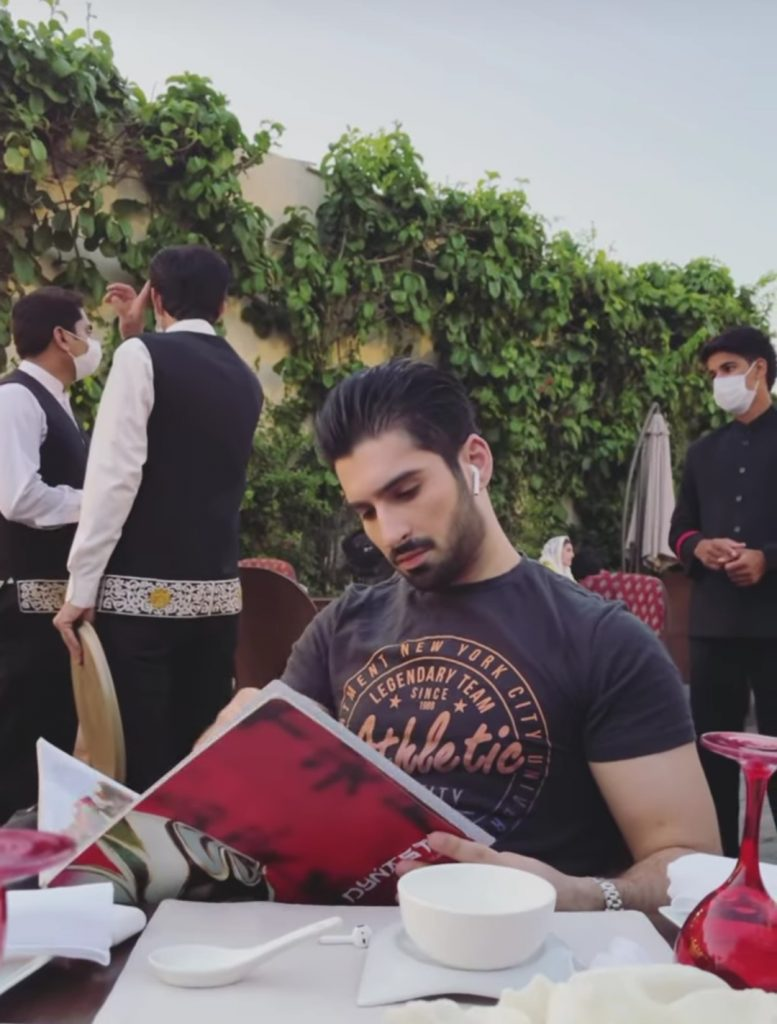 Aiman and Muneeb Having Lunch In Islamabad - Pictures