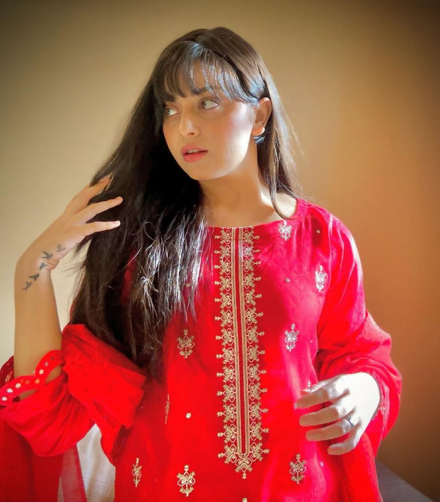 Recent Vibrant Pictures of Gorgeous Alizeh Shah