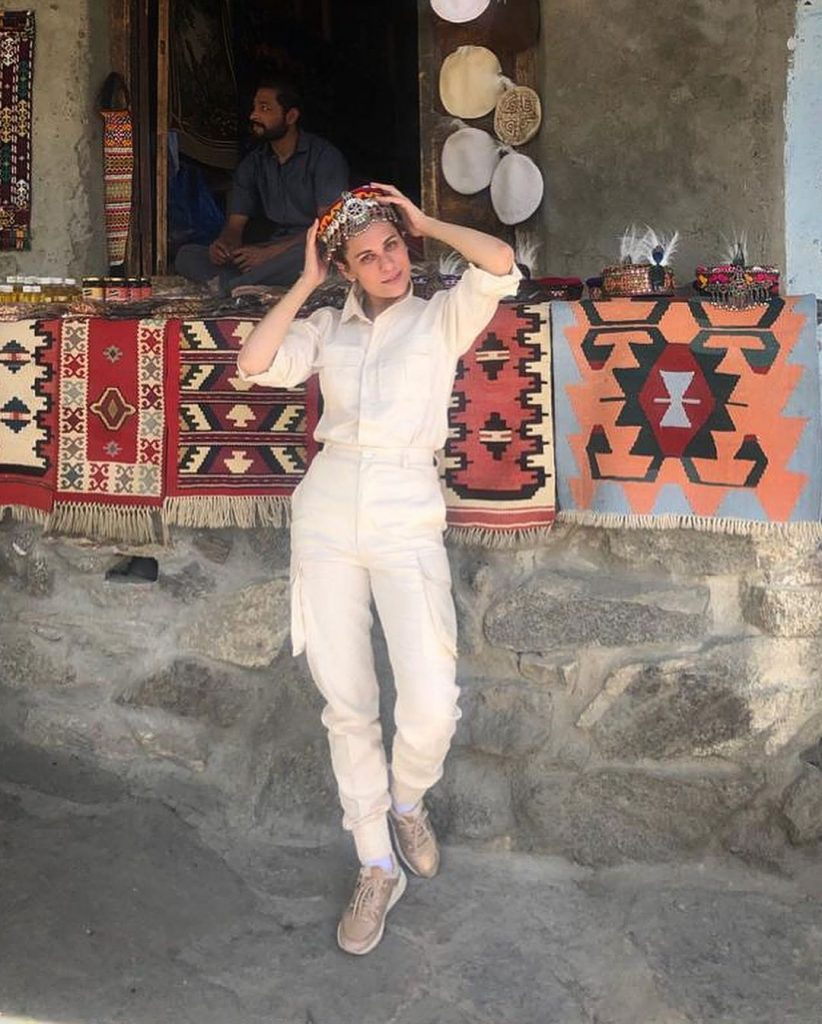 Nausheen Shah Exploring Gilgit Baltistan - Beautiful Pictures