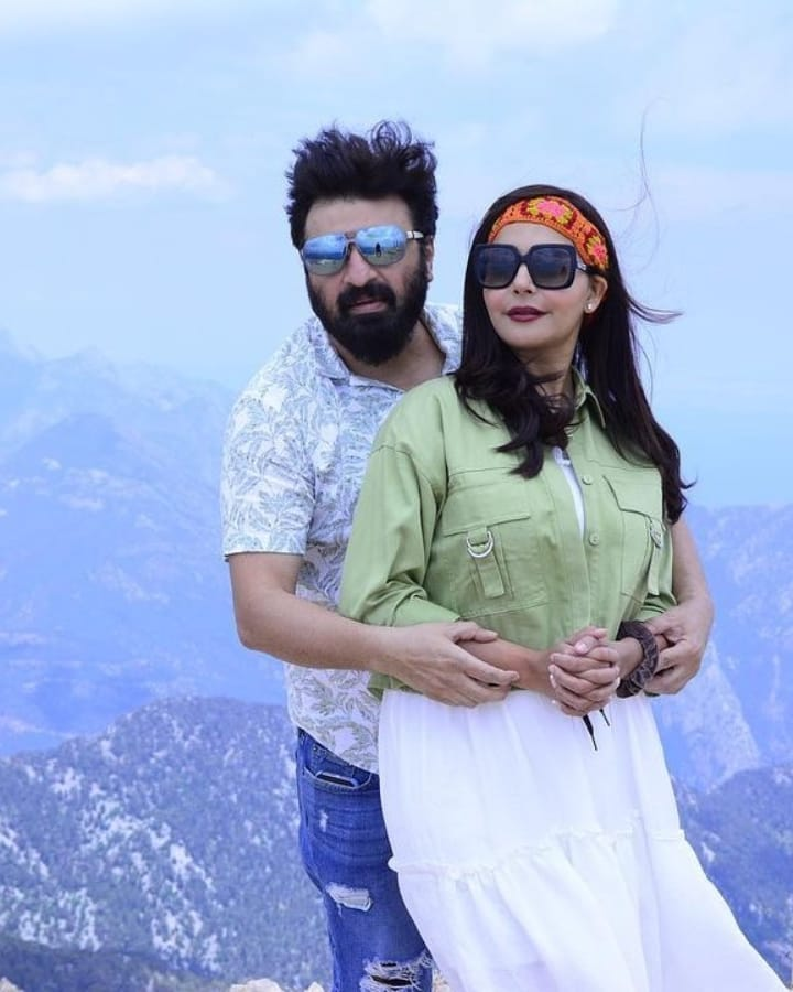 Nida Yasir And Yasir Nawaz Faces Immense Criticism On Their Recent Pictures