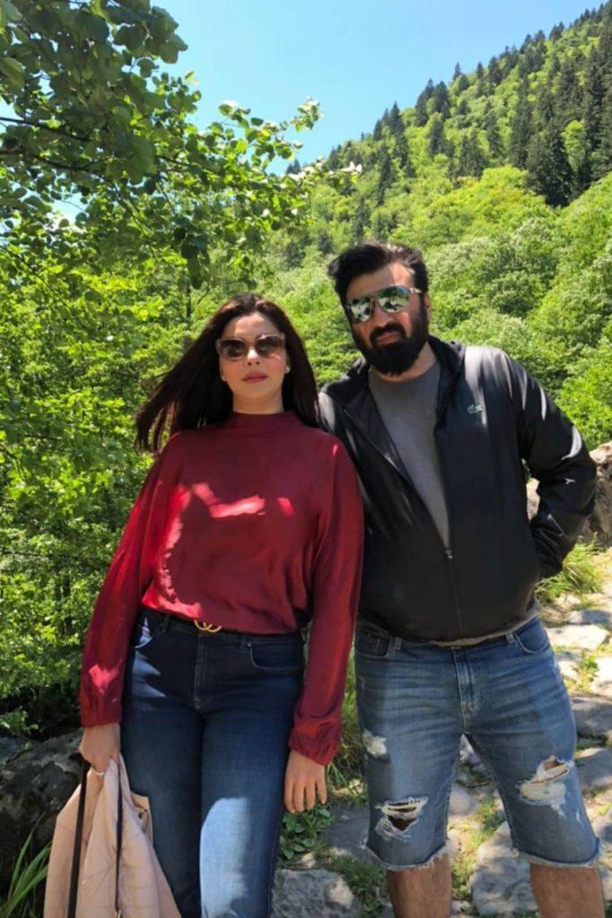 Nida Yasir And Yasir Nawaz Pictures From Rize Turkey