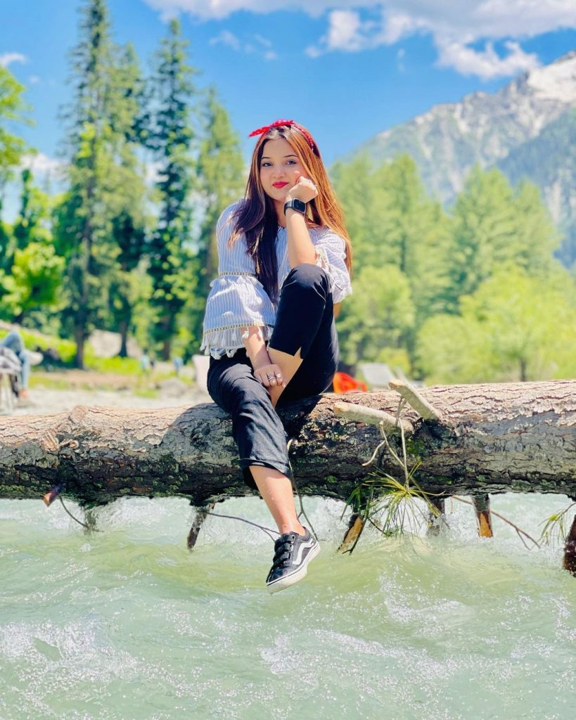 Rabeeca Khan Beautiful Pictures From Kumrat Valley