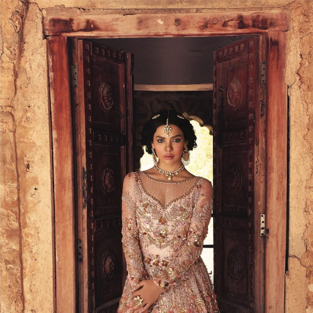Sara Loren Stuns In Her Latest Bridal Shoot For Asma Aslam