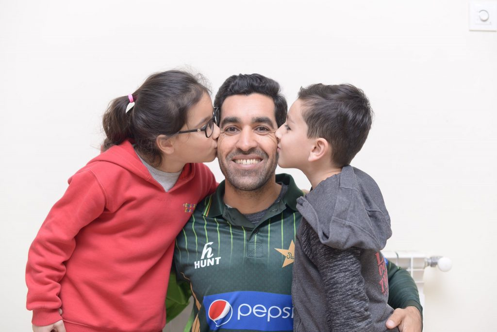 Umar Gul Adorable Pictures With His Kids