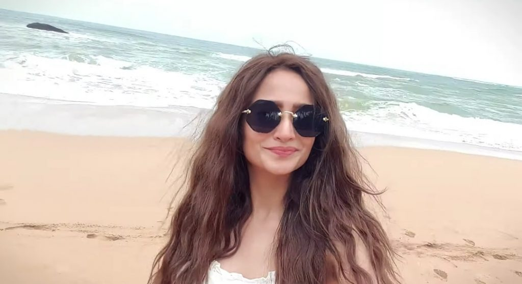 Zarnish Khan Shares Her Travel Vlog From Sri Lanka