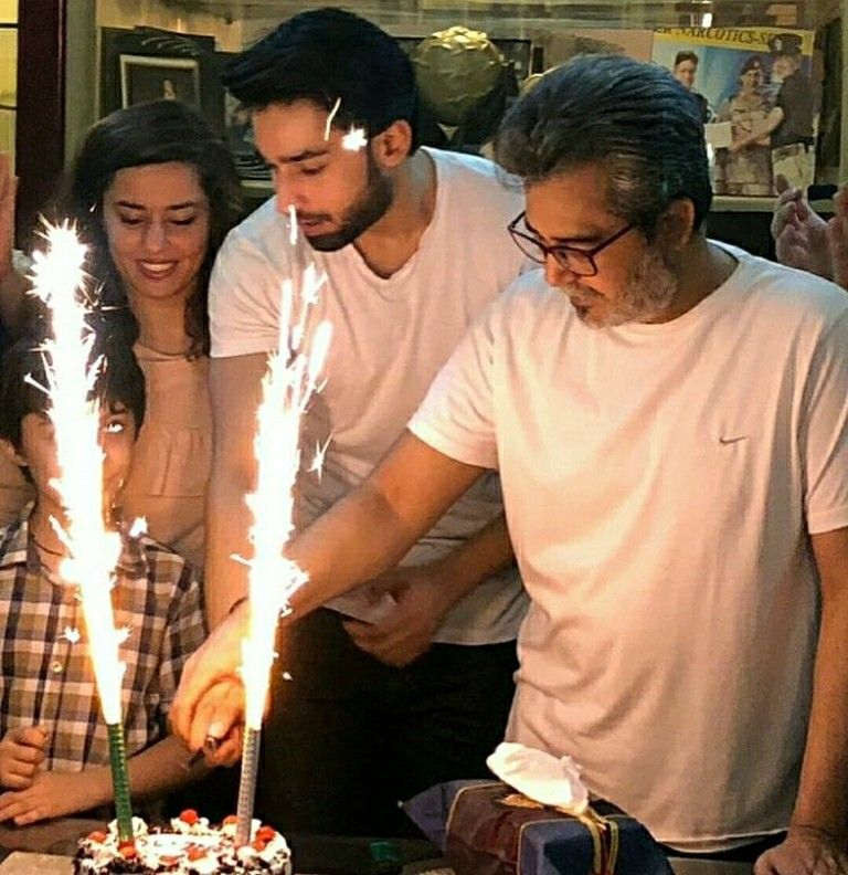 Beautiful Pictures Of Bilal Abbas Khan Celebrating His Birthday With Family