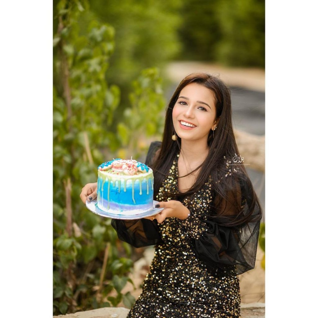 Child Star Emaan Khan Celebrates Her Birthday - Beautiful Pictures