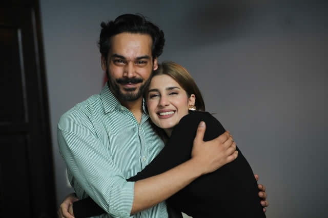 Relationship Between Gohar Rasheed And Kubra Khan Left The Audience Wondering