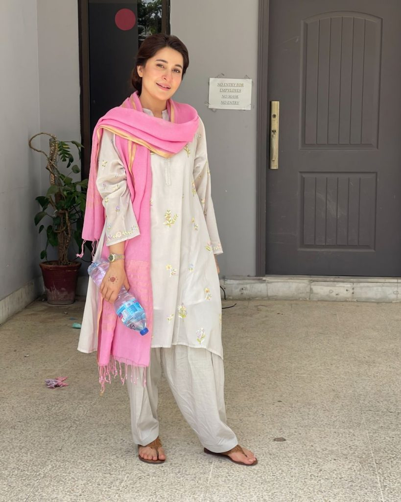 Shaista Lodhi Performs Face Lift On Her Mother - Amazing Results