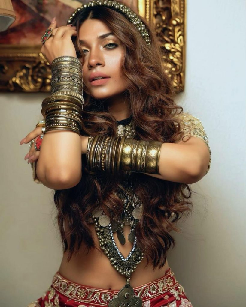 Mahi Baloch Sizzles In Her Latest Fashion Shoot