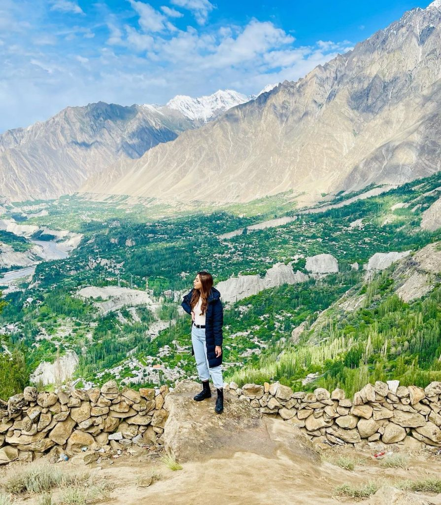 Maryam Noor's Latest Pictures From The Mountains Are Worth Watching
