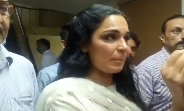 Shocking News From Meera And Her Family