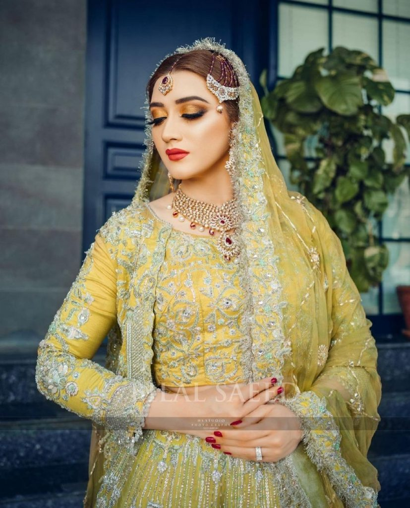 Momina Iqbal Makes A Style Statement In Her Latest Bridal Shoot