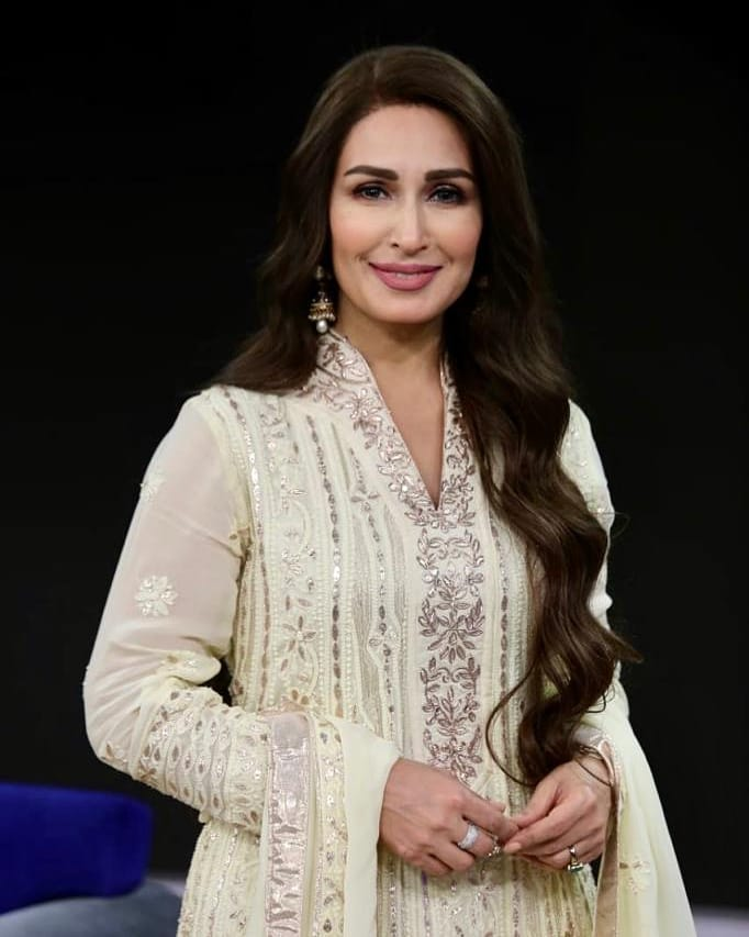 Reema Khan Shares An Adorable Video With Her Husband