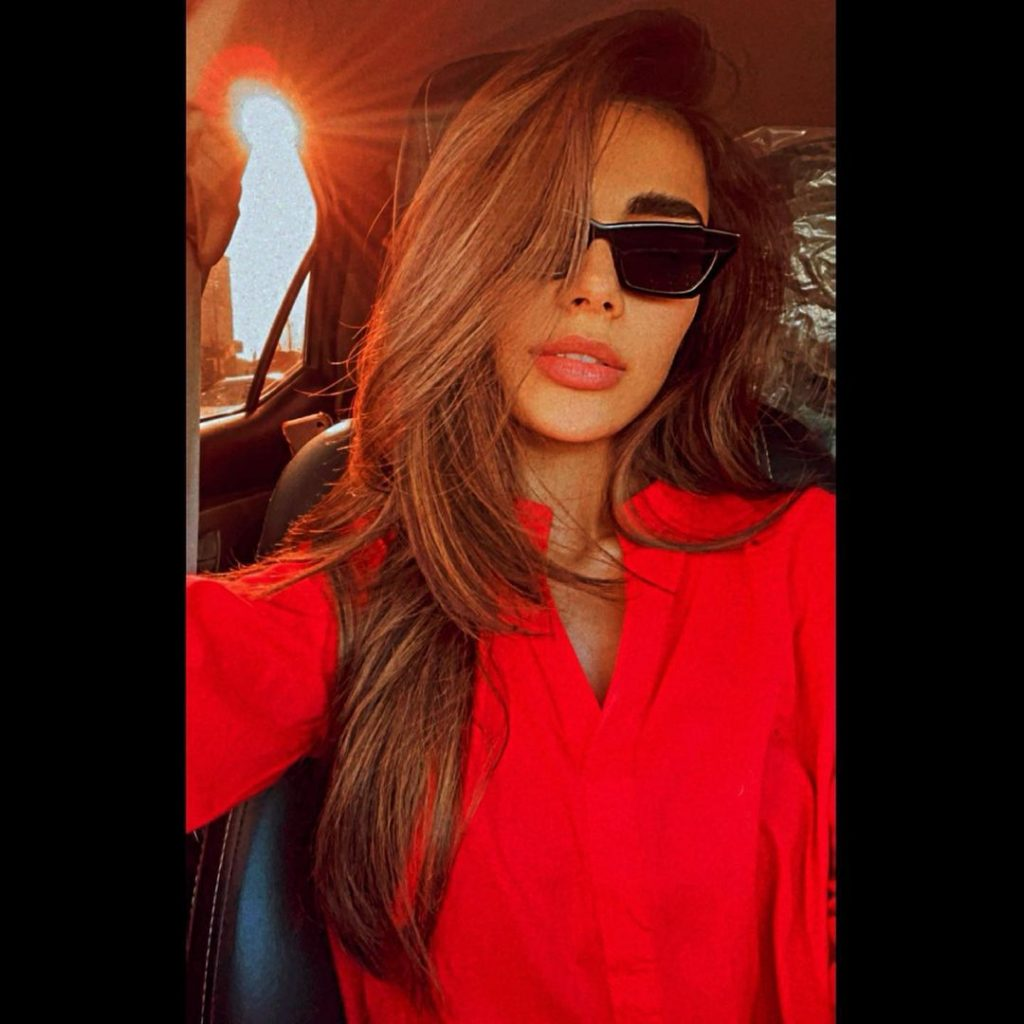 All You Need to Know About Sadaf & Syra's Indirect Feud