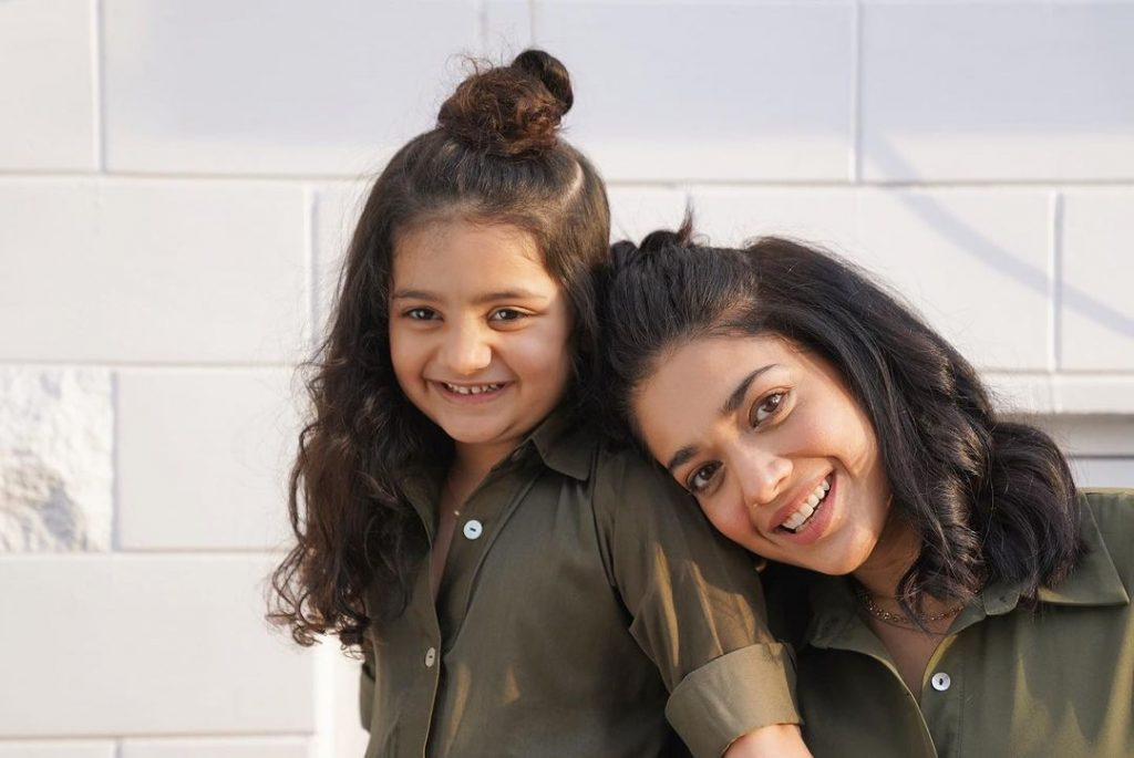Sanam Jung's Daughter Wrote A Sweetest Letter For Her Mother
