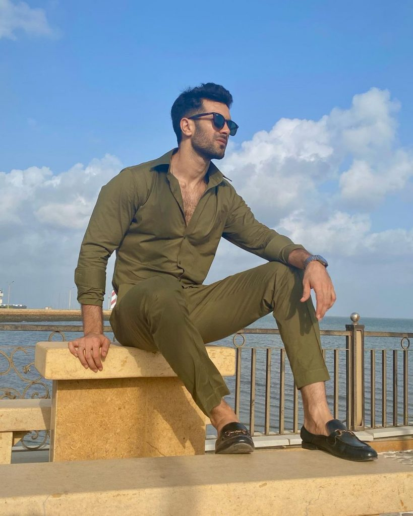 Beachy Photos Of Shahzad Noor Are Giving Us Luxurious Vacation Vibes