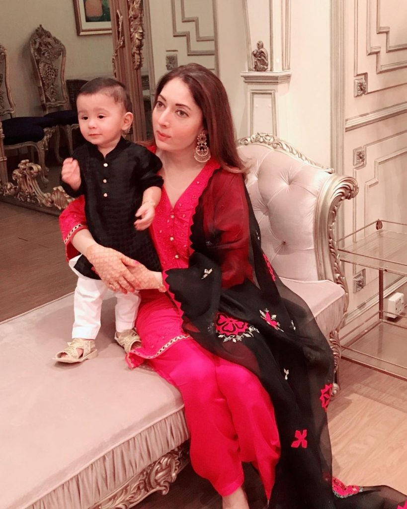 Sharmila Farooqi With Her Adorable Son - Pictures