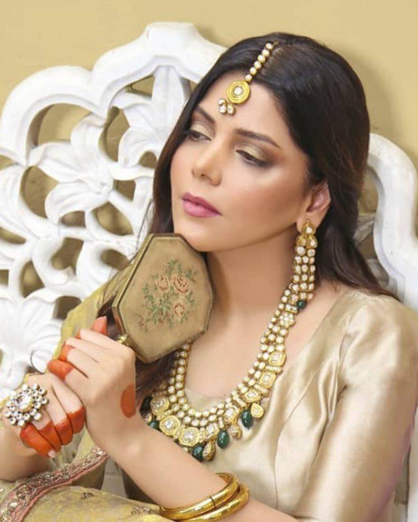 Hadiqa Kiani Is Elegantly Styled in Beautiful Bridal Look - Pictures