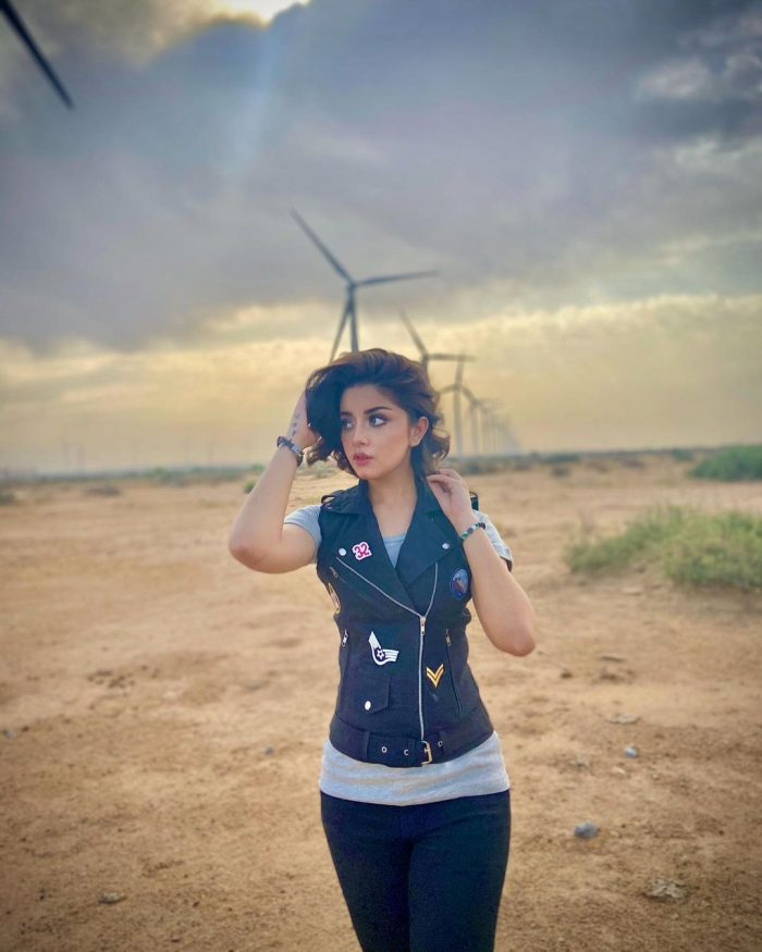 Recent Enchanting Pictures Of Alizeh Shah