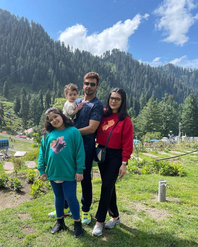 Faysal Quraishi And Family Enjoying Vacations In Swat