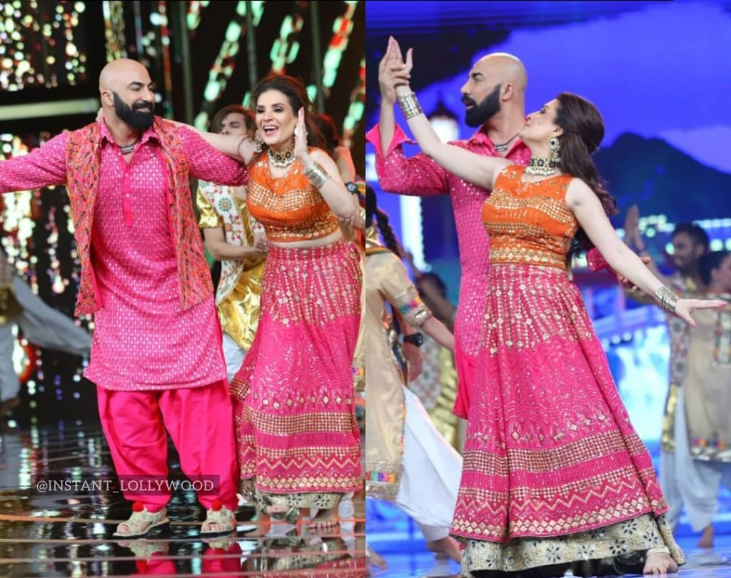 Resham and HSY Beautiful Performance - Pictures & Video