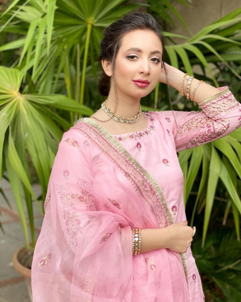 Komal Aziz Makes A Gorgeous Bride In Her Latest Shoot