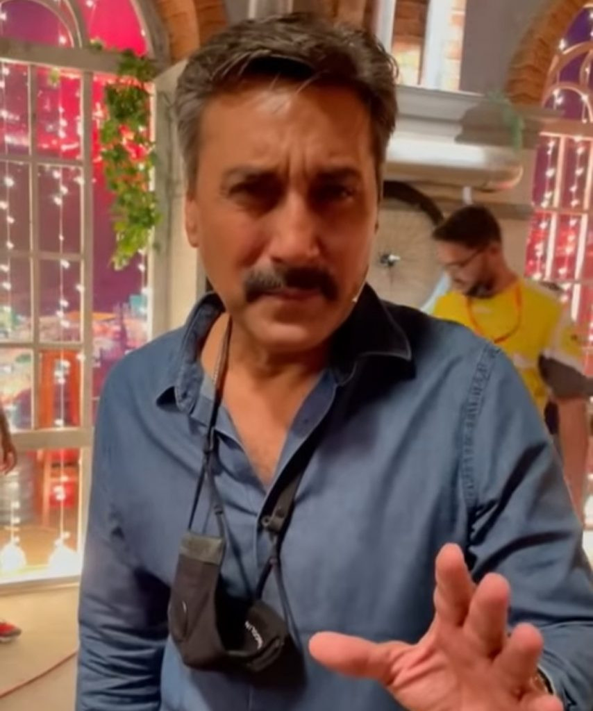 Netizens Find Something Extremely Fishy In Adnan Siddiqui's Latest Video