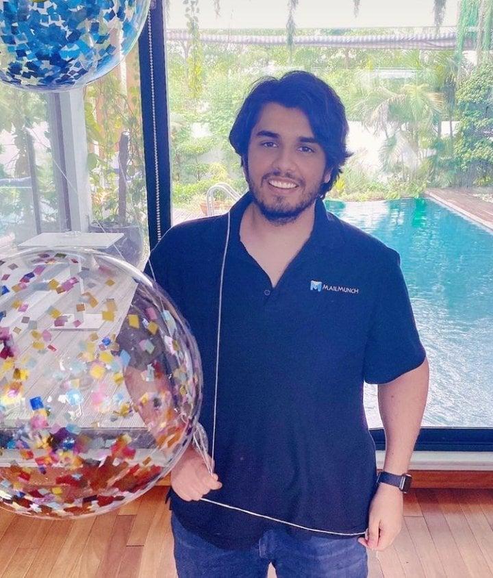 Ali Zafar Celebrates Birthday Party Of His Brother Zain Zafar