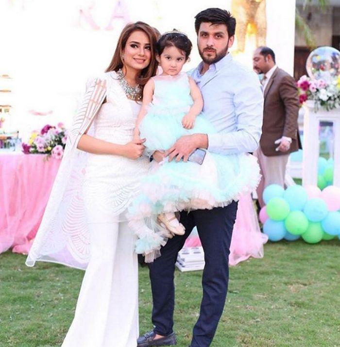 Alyzeh Gabol's Husband's Identity Revealed - Shocking Details