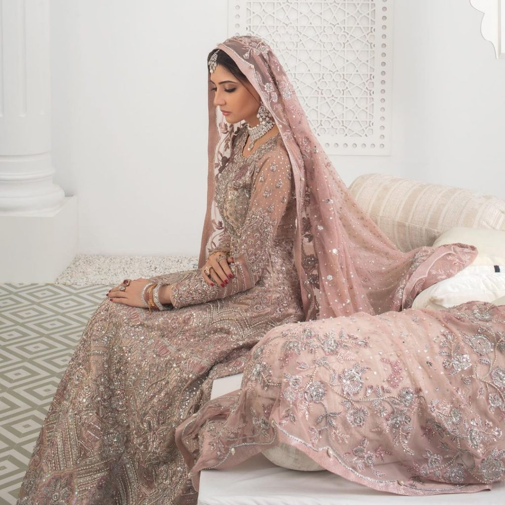 Aymen Saleem Steals The Show With Shoot For Zainab Chottani
